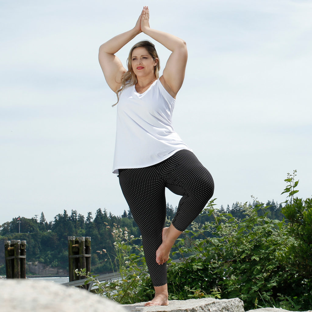 Diane Kennedy Bamboo Clever Cami and Rejuvenate legging for your work out
