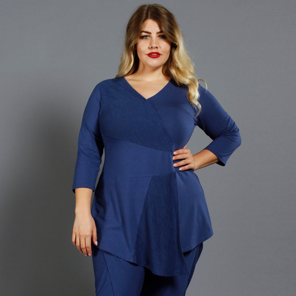 A great top for an Hourglass shape; It's Wrap Tunic