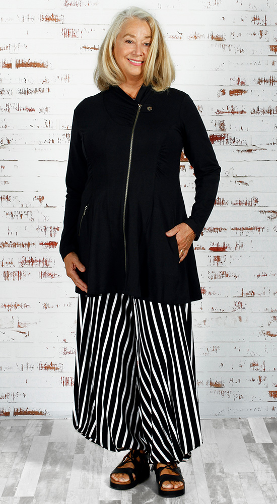Diane Kennedy's Verve Zip Jacket is a great choice for a rectangle figure type