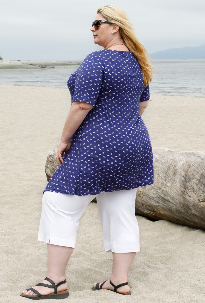 Spring Capri pants made of bamboo from Diane Kennedy clothing