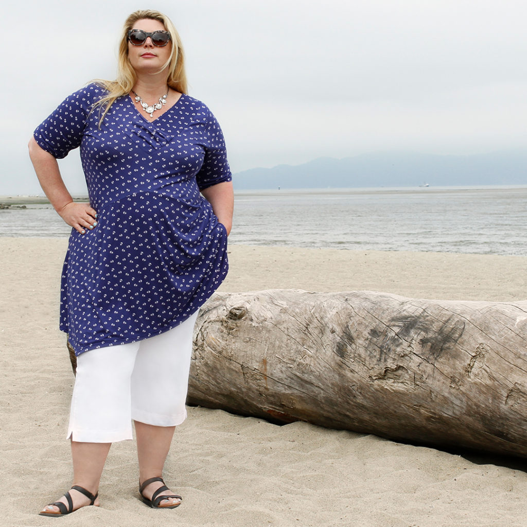 A Diane Kennedy Spring Fashion outfit of the Feature Tunic in Blue Anchors and White Flight Capri's.